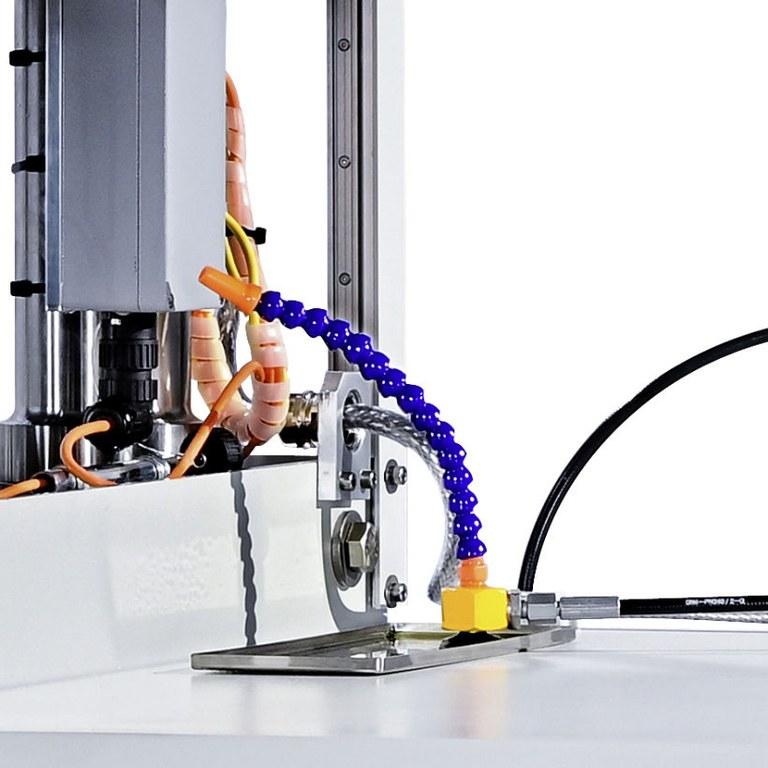 Bulge-/FLC-Tester Modell 161 Ölbefüllung