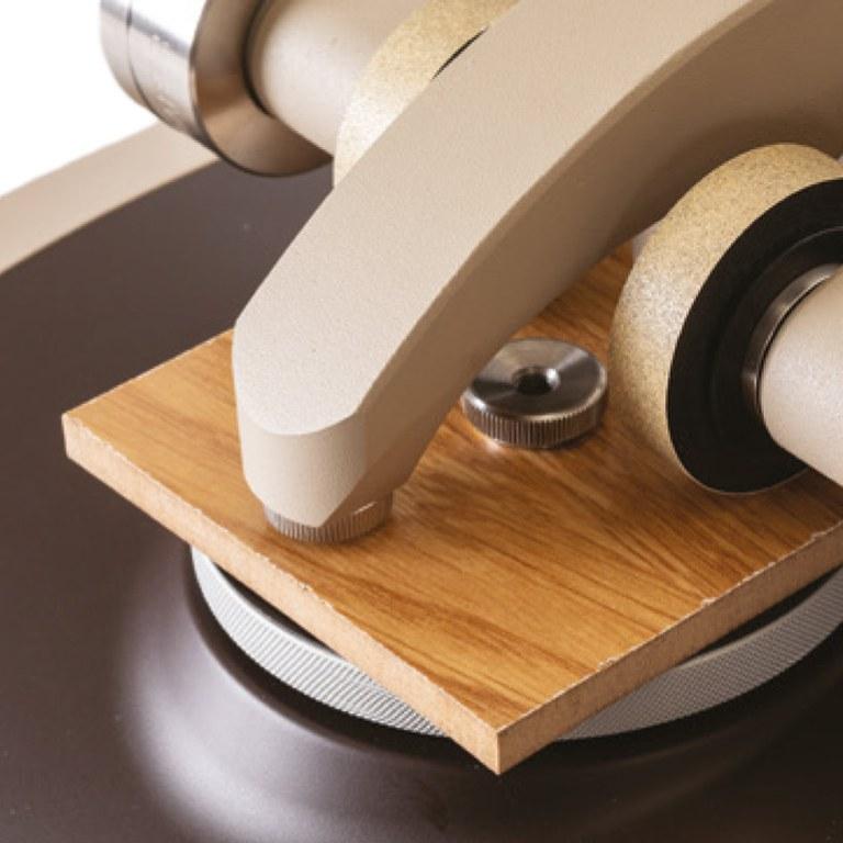 TABER Abraser 352-D Detail Rolle Holz